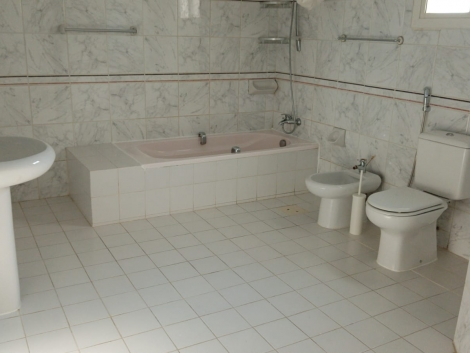 Bathroom #08
