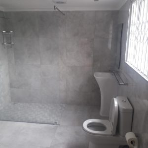Bathroom #10